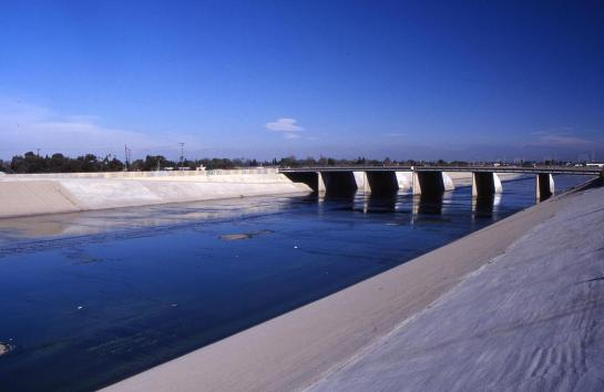 Los Angeles_LA River (2003) (002) (002).jpg