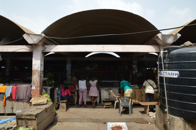 Community 2 Market